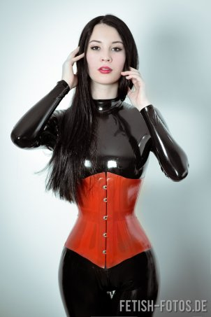 Rubber Doll Latex 67